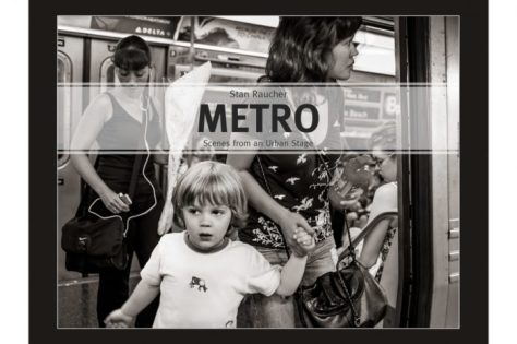 metro-cover-the-b-train-at-42nd-st-manhattan-920x613-700x466
