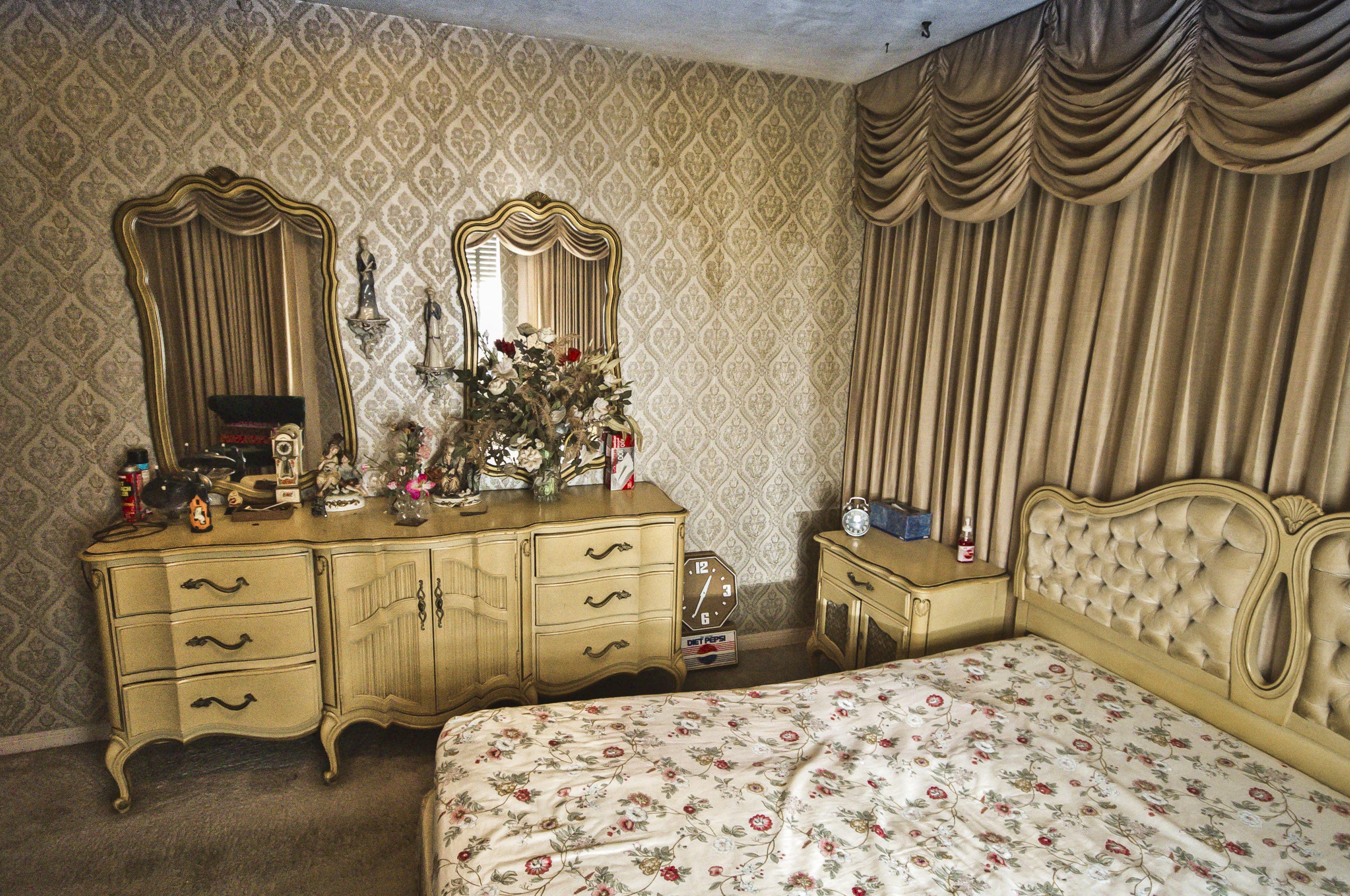 Julios House Bedroom